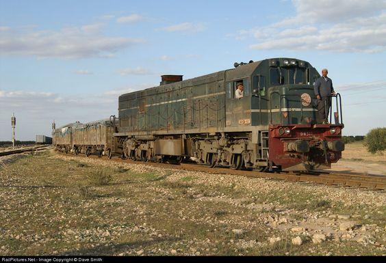 RailPictures.Net Photo: DN 307 Societé Nationale de Chemins de Fer Tunisiens (SNCFT) GE at EL HAMADA, Tunisia by Dave Smith: