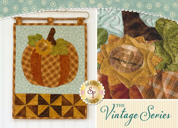 Vintage Pumpkin Wall Hanging October Pattern Want The Kit Instead Wall Hanging Applique Wall Hanging Quilted Wall Hangings