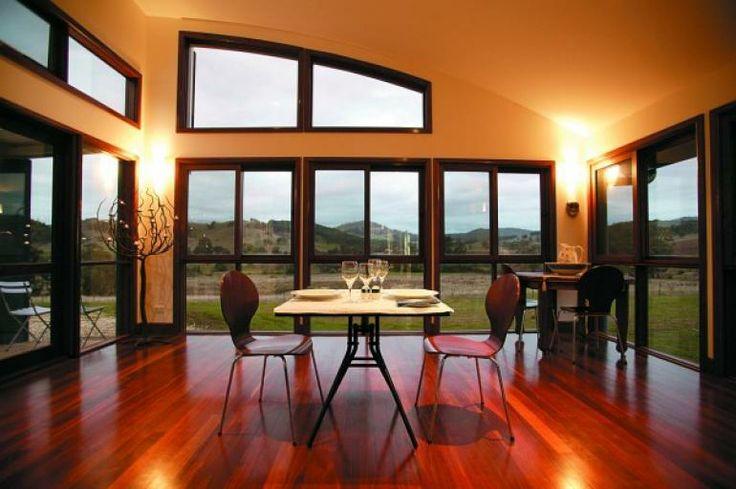 Casa Luna Gourmet Accommodation   Myrrhee   High Country   Victoria   Romantic Getaways and Honeymoons   LoveBirds