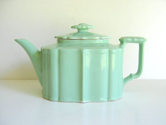 Vintage Hall China Teapot Celery Green