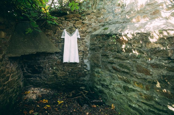 www.bcce.fr Shooting les temps modernes. Robe de mariée courte . Atelier des Mariées - Brest