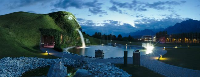 Swarovski Crystal Worlds - The Swarovski Crystal Worlds, created by Andre Heller, is a pure invitation to dream. Only a 20 minutes drive away from Innsbruck this sparkling fantasy world is definitely worth a visit.   © Swarovski Kristallwelten, Anatol Jasiutyn