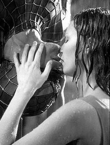 Spiderman kiss..love this scene.