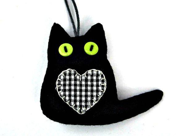 Black felt cat ornaments Black cat ornaments by PuffinPatchwork                                                                                                                                                                                 More