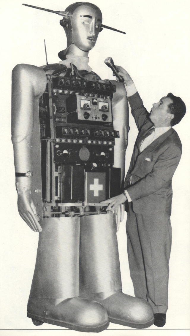 Innards: Sabor the Robot from one of his many European tours, which included his own exhibit at Expo '58, the Brussels World's Fair.