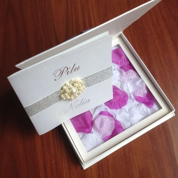 Good Cool 9+ Silk Box Wedding Invitations
