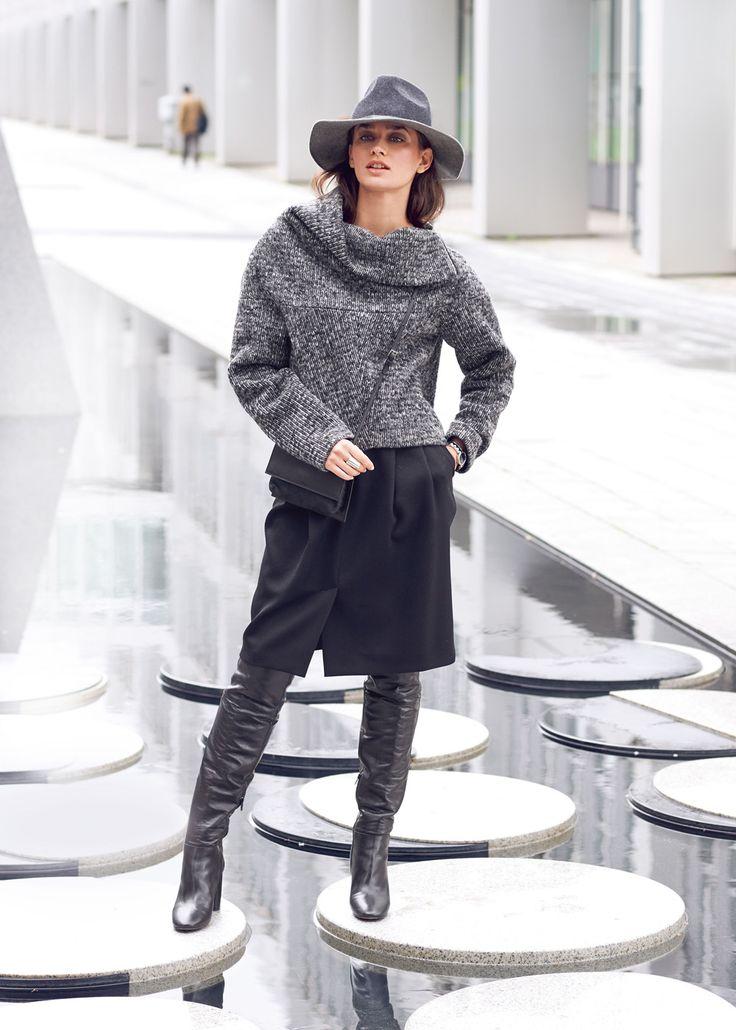 Пуловер с широким цельнокроеным воротником - выкройка № 109 А из журнала 10/2015 Burda.