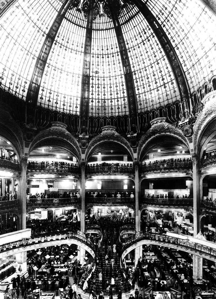 Grand magasins de France, les Galeries Fayette. Paris, 1836/1936