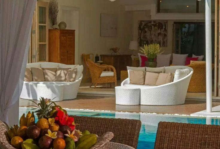 www.geriabalivillas.com/villa-Jajaliluna/ #beautifuldestination #bali #geriabali #luxuryworldtraveler #hgtv #travel #wtm #destinosmaravilhososbyeli #tbt #balibible #balibucketlist #ootd #vscom #travellerworld #balidaily #holiday #honeymoon #vacation #indonesia #theluxurylifestylemagazine #seminyakvilla #balivilla #villa #luxurypersian #wonderfulindonesia #travelworld #trulyasia #villainbali #instagram #pinktrotters