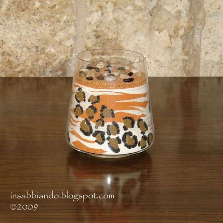 Vaso decorato con sabbia colorata by inSABBIAndo