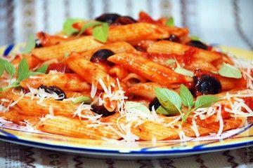соус для пасты, соус с оливковым маслом,соус из томатной пасты, соус для пасты рецепт,как приготовить соус для пасты,паста под соусом,соус томатная паста макароны,паста +в томатном соусе рецепт