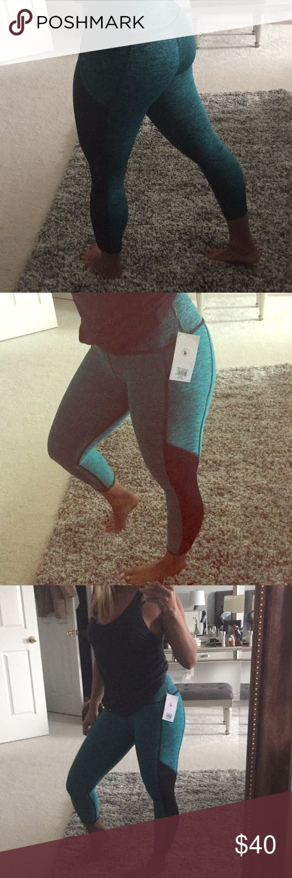 BODY GLOVE SPORT MINT APEX CAPRI LEGGINGS S Brand new with tags. So flattering and hugs you in the right places.  Love this but I'm just not into the mesh design.  I'm 5'2 for length reference. My favorite brand of gym leggings! Body Glove Pants Capris
