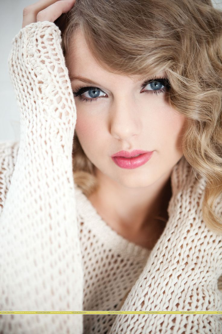19. Taylor Swift song you would like to hear live: I have no idea. I like all of her songs and I think it would be great to hear any of them live.