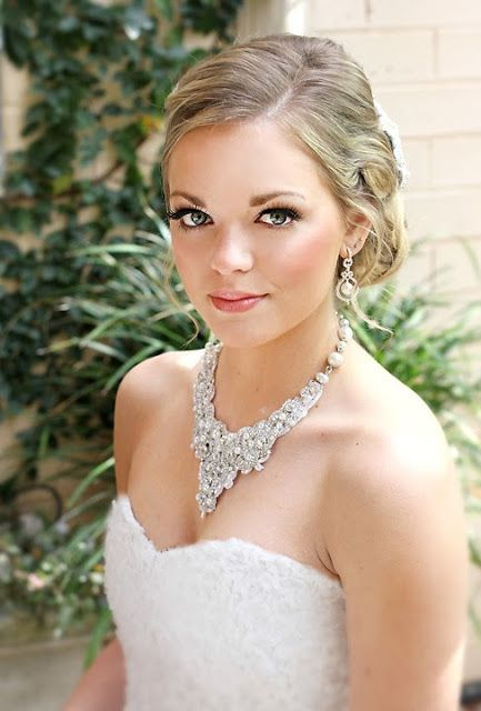 """Perle Jewelllery and Makeup Boutique 