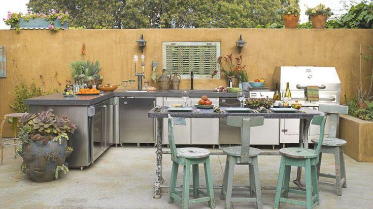 Die Sommerküche – das Spaß- und Vergnügungszentrum des Gartens an sonnigen Tagen