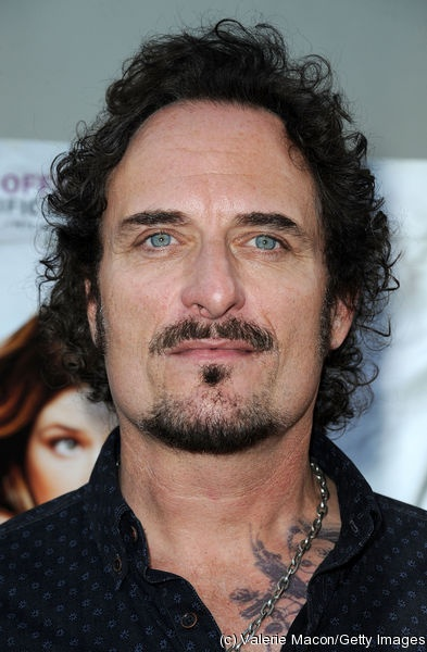Kim Coates.. @Lindsey Juriaan... This is that guy SH looked like from Waterworld!!!!! Lol