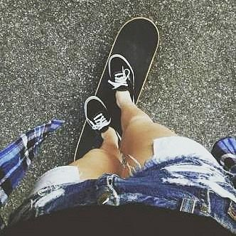 Morning dunya skate .#skateboarding #skateboard #skategirl #vansoffthewall by asiraputriyanti