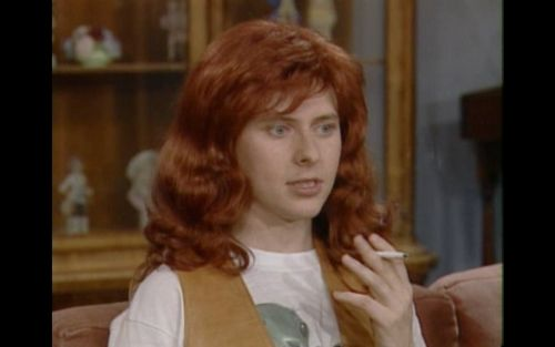 truecompanion:  Dave Foley in drag makes for an eerily pitch-perfect woman. I had the nastiest crush on him when I was in 6 or 7th grade.