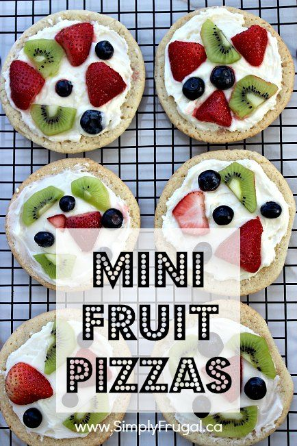 Are you looking for a really simple dessert to feed your family or perhaps a crowd?  These Mini Fruit Pizzas might be just the thing!