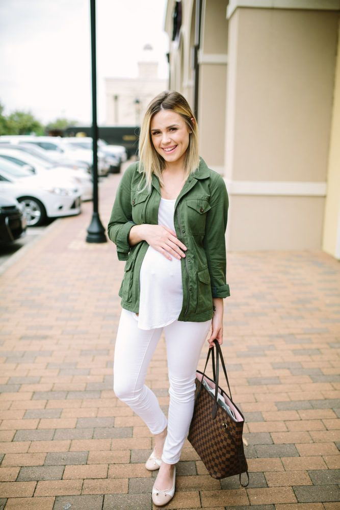 Maternity Fashion | Casual outfit | ballet flats| Maternity Outfits | Seraphine | Uptown with Elly Brown #maternityoutfits