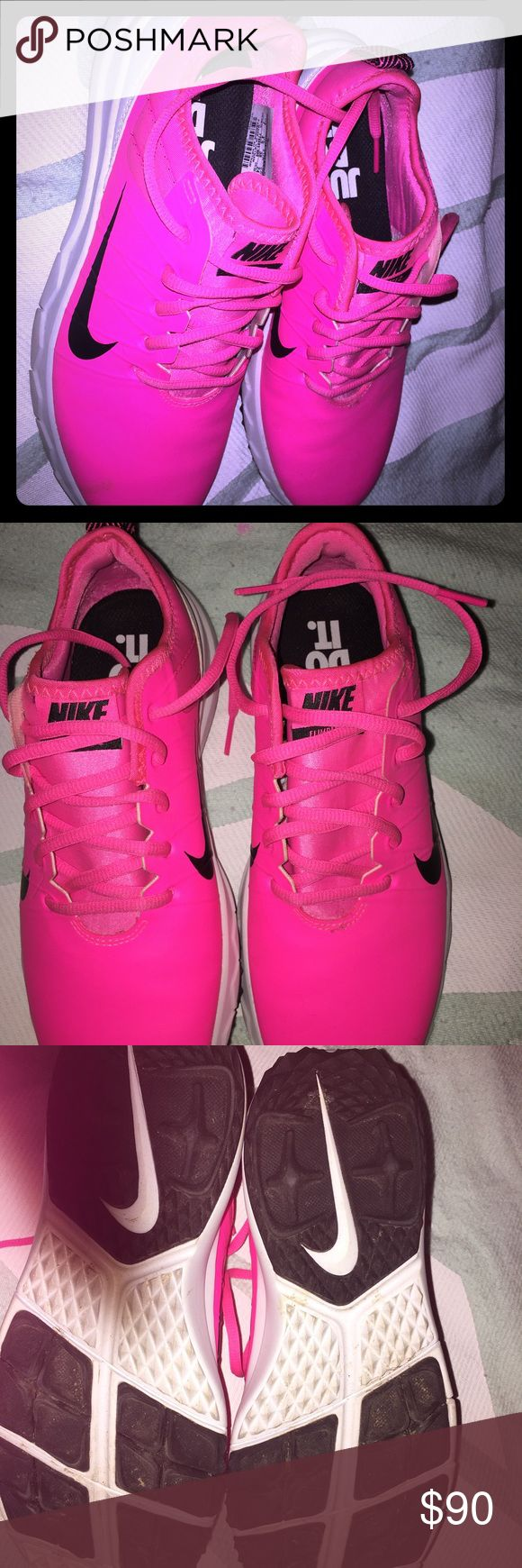 New woman's Nike workout shoes New w/o tags size 7 purchased them and just let them sit in my closet Nike Shoes Athletic Shoes
