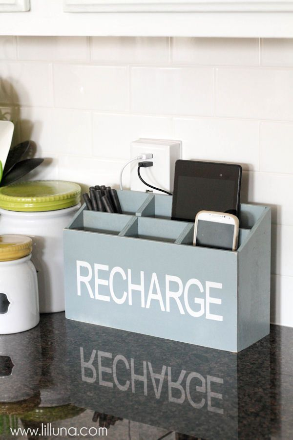 Build a charger station to declutter kitchen counters via liluna / Grillo Designs www.grillo-designs.com