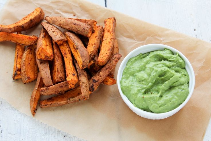 baked sweet potato wedges & spicy avocado dip - great for all the sweet potatoes coming with the farm share