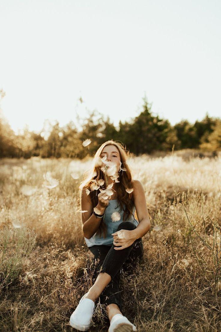 Frühling Sommer Foto Inspiration Pusteblume Draußen Outdoor Porträt Shooting Idee kreativ Low Budget