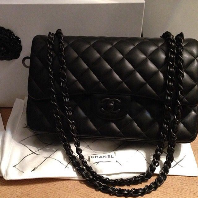 All black errrythang - chanel quilted flap