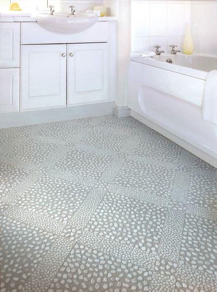 áno, aj toto je vinylová podlaha so štruktúrou kamienkov, ktoré nikdy nebudú studené. www.dizajnovepodlahy.sk