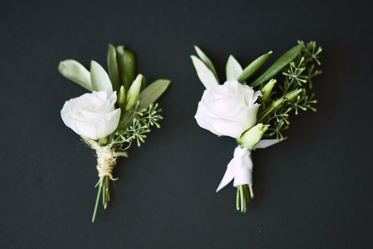 white rustic boutonnieres | Reannan Ross Floral Design