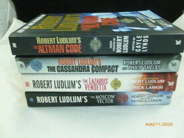 Robert Ludlum S 4 Books Altman Code Cassandra Compact Lazarus Moscow Vector Robert Ludlum Coding Cassandra