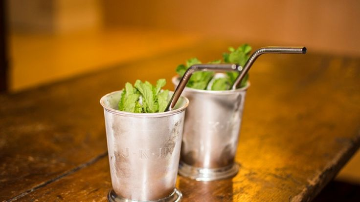 Mint Julep ricetta cocktail a base di bourbon whiskey menta e limone