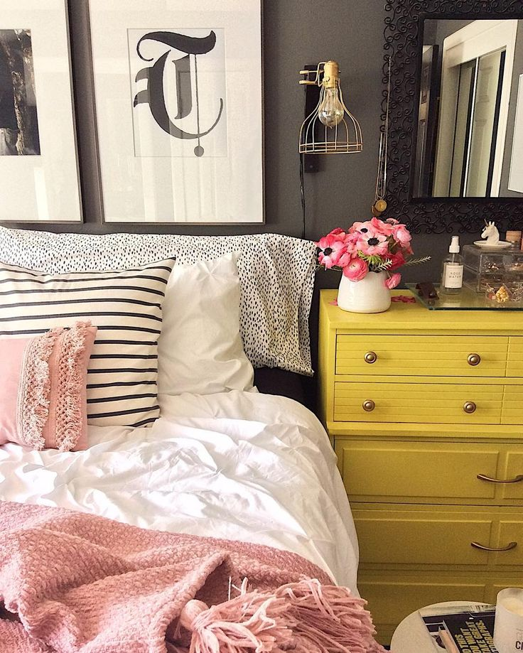 Layers of bedding || sheets, pillows, pintuck duvet topped with a pink tassel throw || Homegoods sponsored pin.