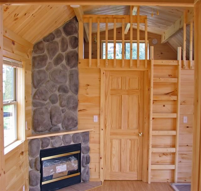 Small cabins with lofts bedrooms 1 1 2 baths and 2 for Building a small cabin with loft