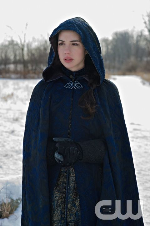 """Reign -- """"Tasting Revenge"""" -- Image Number: RE216b_0151.jpg -- Pictured: Adelaide Kane as Mary, Queen of Scotland and France -- Photo: Sven Frenzel/The CW -- © 2015 The CW Network, LLC. All rights reserved.pn"""