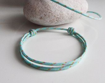 Bracelet nautique corde drisse ou garcette ROSE. par BBSdeParis