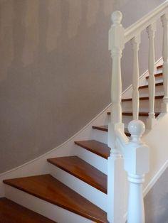 escalier repeint en blanc Plus