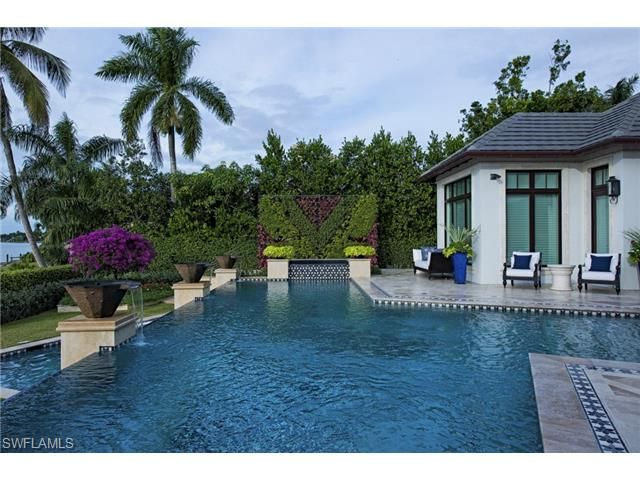 3600 nelsons walk naples fl 34102 waterfront infinity for Pool design naples fl