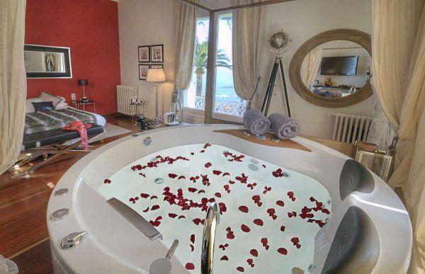 Luxury Hotel La Villa Mauresque near St Raphael - decorated by Interior Designer Marianna Grant - San José