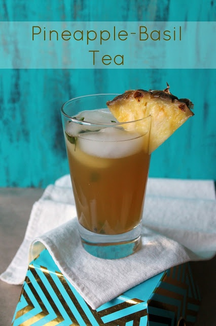 A twist on the classic Iced Tea: Pineapple-Basil Tea by The Kitchen Prep for #BrunchWeek.