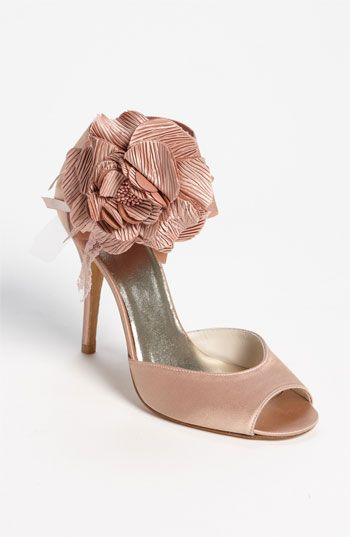 Stuart Weitzman 'Bodabing' Sandal @Nordstrom #WeddingSuite #Nordstrom