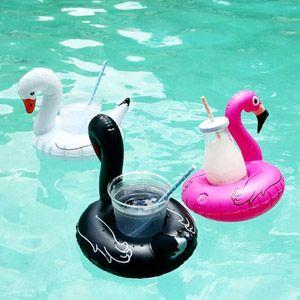 Mit Getränkeschwimmring-Set Vögel gehen Ihre Drinks auf dem Wasser baden aber nicht unter. Das Set besteht aus zwei Schwänen und einem Flamingo. -