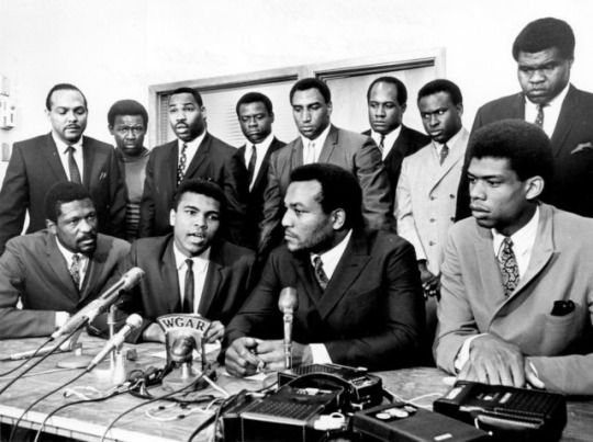 Fellow athletes supporting Muhammad Ali's choice to refuse the draft as a conscientious objector - Cleveland, OH - June 4, 1967