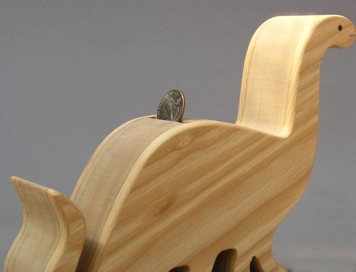 how to make a wooden piggy bank