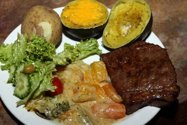 Yummy meals at the Boma