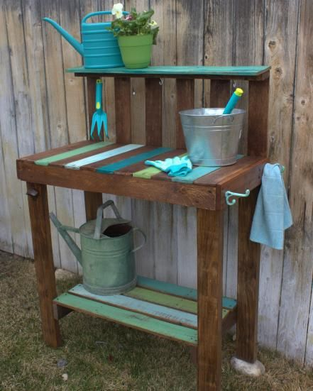 A potting bench for your garden gives you a place to store tools and supplies, and lets you work comfortably with your plants, without bending over. Becky Lamb, author ofCrafting with Wood Pallets, explains how to make this project.