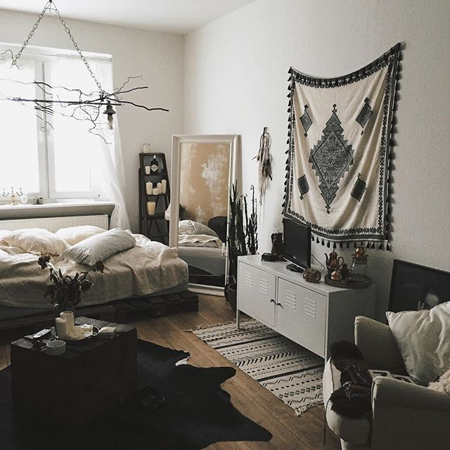 Needed a change.. so living room is also bedroom from now on and the new wall hanging I got, is actually from ZARA ( its a scarf )#interior