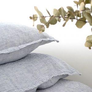 1000 id es sur le th me taies d 39 oreiller sur pinterest taies d 39 oreiller coussins et taies d. Black Bedroom Furniture Sets. Home Design Ideas