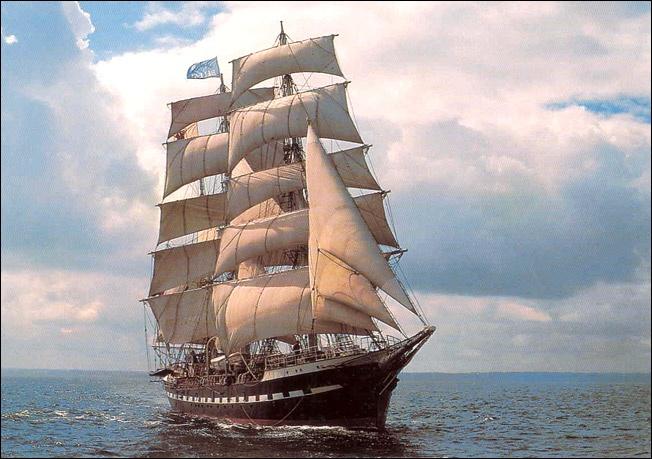 Le Belem - voilier construit en 1896 à Nantes et destiné à transporter le cacao des Antilles pour le compte du chocolatier Menier.